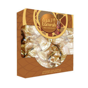 TAMRAH DATE WITH ALMOND COVERED WITH MILK CHOCOLATE BOX 200 GM