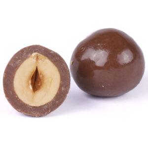 HAZELNUT COATED WITH MILK CHOCOLATE