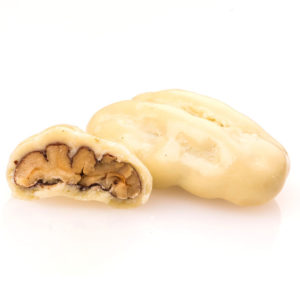 PECAN COATED WITH WHITE CHOCOLATE