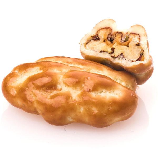 PECAN COATED WITH CARAMEL CHOCOLATE