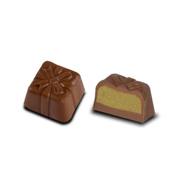 MILK CHOCOLATE WITH PISTA PASTE