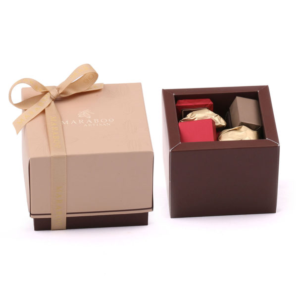 PETITE SQUARE BOX FILLED WITH MOLDED CHOCOLATE